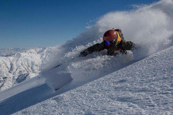 Gran trabajo de @UrzaizAlvaro con varios de los esquiadores 🔝del momento  https://t.co/nfJ2cda2eK