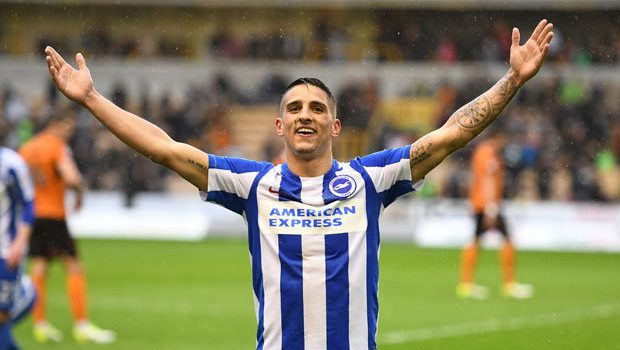 RT if you are going to give this man a standing ovation on Saturday   #lcfc #BlueArmy #Knockaert #DontSellKnockaert<br>http://pic.twitter.com/nZgxyvRLad