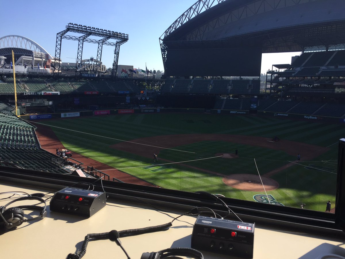 My office for the day.  Midday show with Mariners guests leading up to...