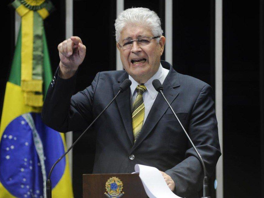 Senador ataca Cunha e Jucá: PMDB abre processo de expulsão de Roberto Requião https://t.co/NAzz8Uiyv0