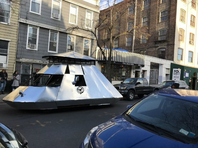 Owner Of Mysterious Silver Spaceship Tank Revealed To Be Brooklyn Dad, Of Course https://t.co/lLj5PlOJGS