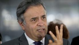 Aécio diz que PSDB permanece no governo mesmo que perca ministérios https://t.co/lbUSv6Xj2e