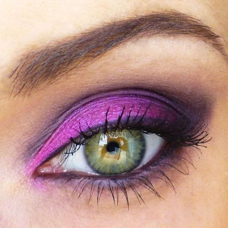 Find new gorgeous #Tutorial looks every day. Preen.Me gives you detailed #howto&#39;s and the products used.  http:// bit.ly/2vIhzu8  &nbsp;  <br>http://pic.twitter.com/7x38xqT5Dh