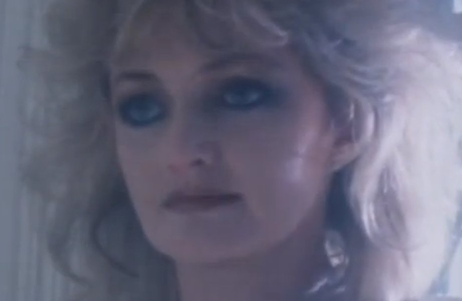 "Bonnie Tyler vai cantar ""Total Eclipse of the Heart"" durante um eclips..."