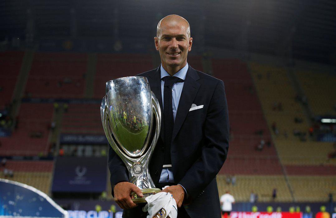 Zidane confirma renovação por três anos com o Real Madrid. Novo acordo tem validade até junho de 2020.