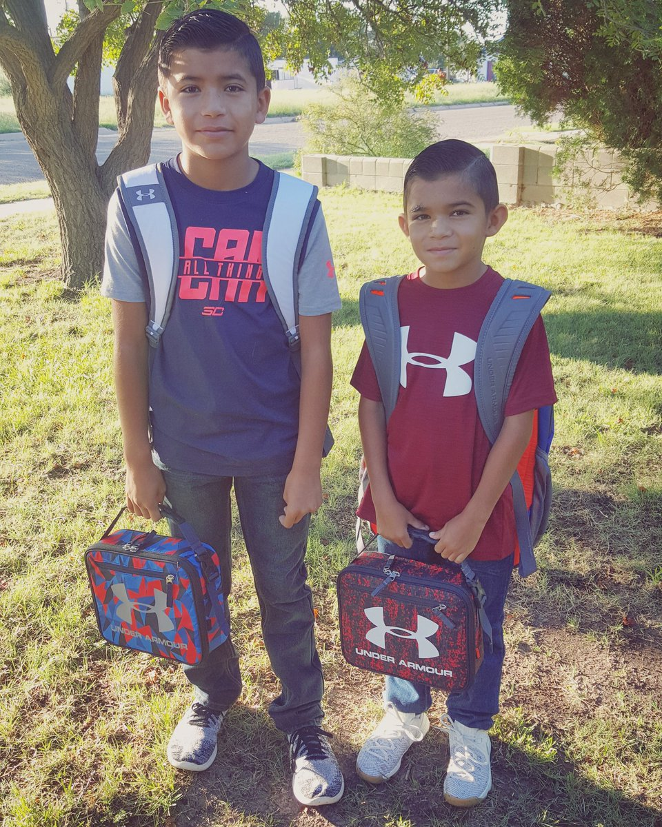 Ready to tackle the school year with #FE! 5th and 3rd grade. <br>http://pic.twitter.com/n21EHvN3IZ
