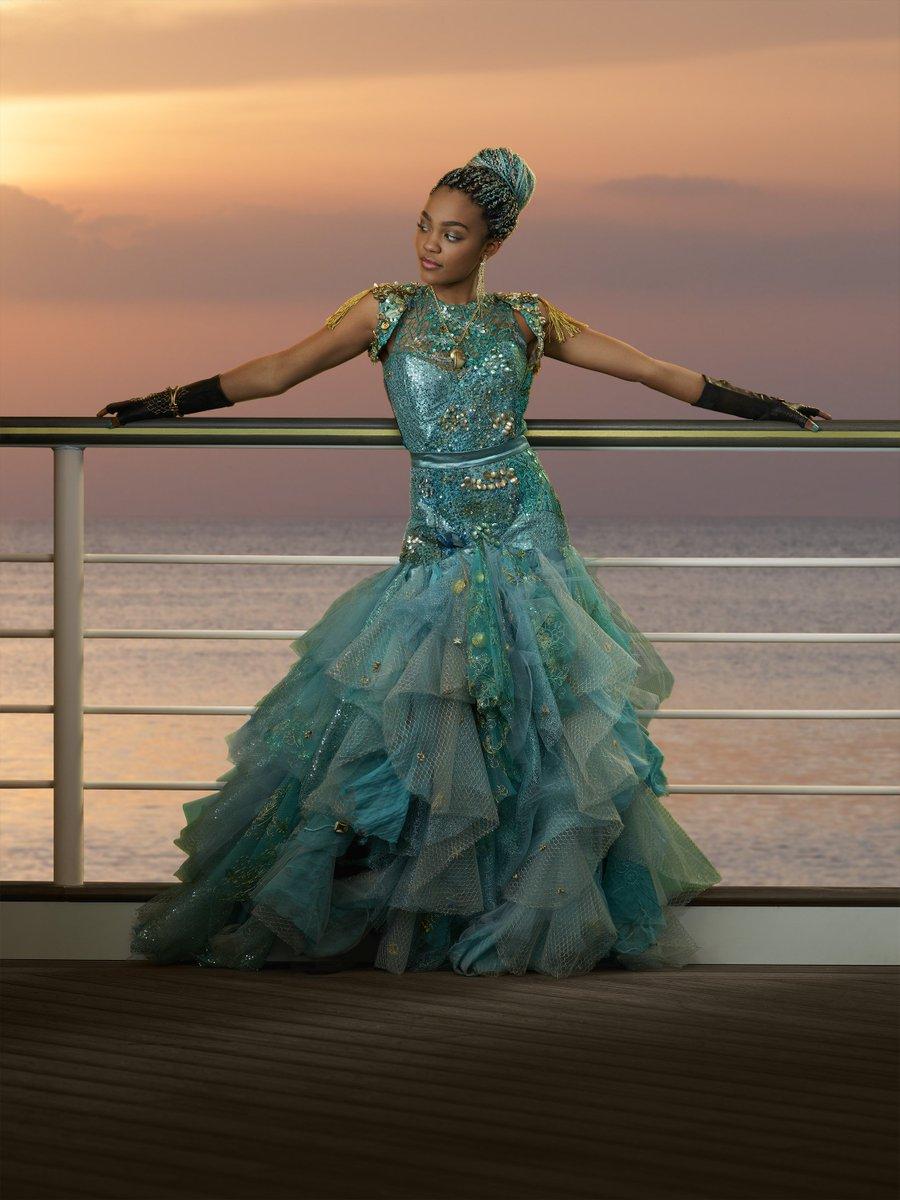 Here's an exclusive pic of Uma's cotillion dress! #Descendants2