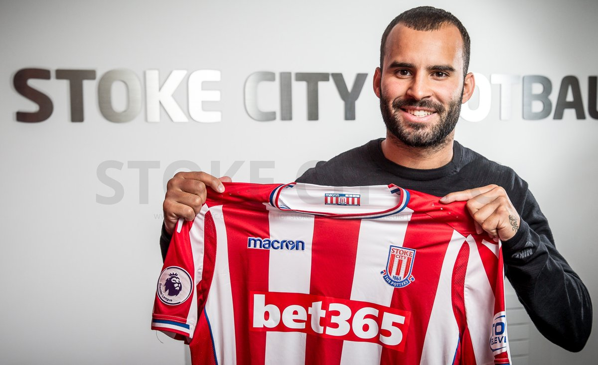 Stoke City have now have 5 #UCL winners in their squad, more than any other English club #mmlove  (Chelsea = 4, Man City = 3, Man Utd = 2)