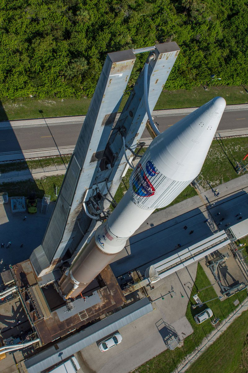 ROLLOUT PHOTO GALLERY: Atlas 5 transferred to launch pad with #TDRSM for flight Friday morning https://t.co/qcIdQTasyi  (ULA pic)