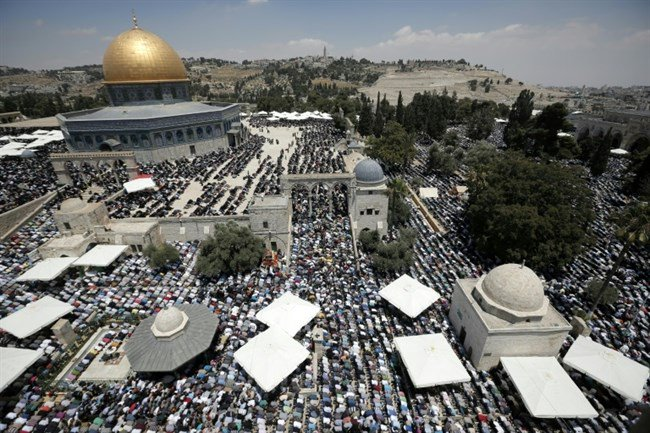 #Israel's ban on Palestinian citizens of Israel entering Al-Aqsa 'illegal,' rights group says #Palestine https://t.co/3Xnl3GY8rv