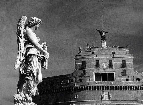 #Roma immortale #lagrandebellezza #CastelSantAngelo #ponteSantAngelo @TrastevereRM @SaiCheARoma<br>http://pic.twitter.com/ygU532YXup