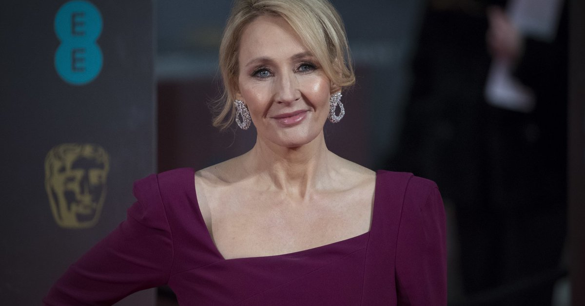 J.K. Rowling finds silver lining in Trump's 'abomination of a speech' https://t.co/p41ZwbV10n
