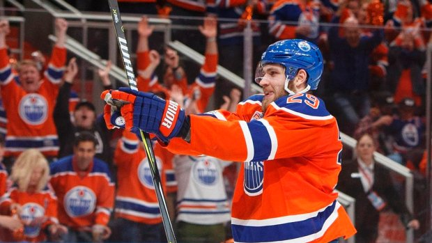 Oilers lock up Draisaitl to eight-year, $68M deal. MORE: https://t.co/...