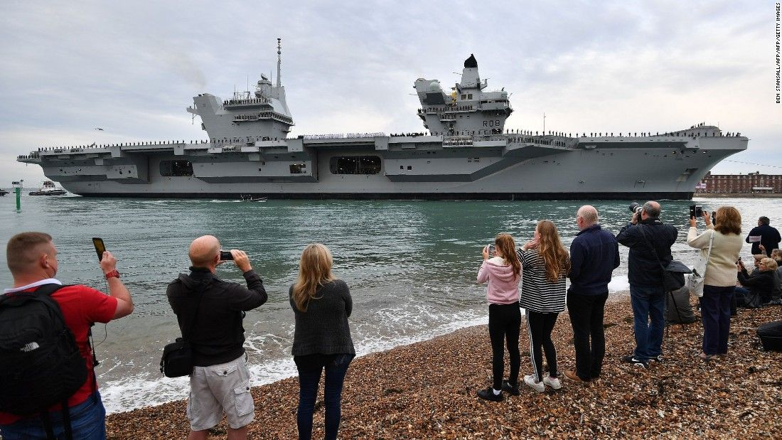 #Britain&#39;s largest &amp; most powerful #warship HMS Queen Elizabeth makes first public appearance in Portsmouth  https:// buff.ly/2w0HPCA  &nbsp;   #twitter<br>http://pic.twitter.com/vNvni8zqYw