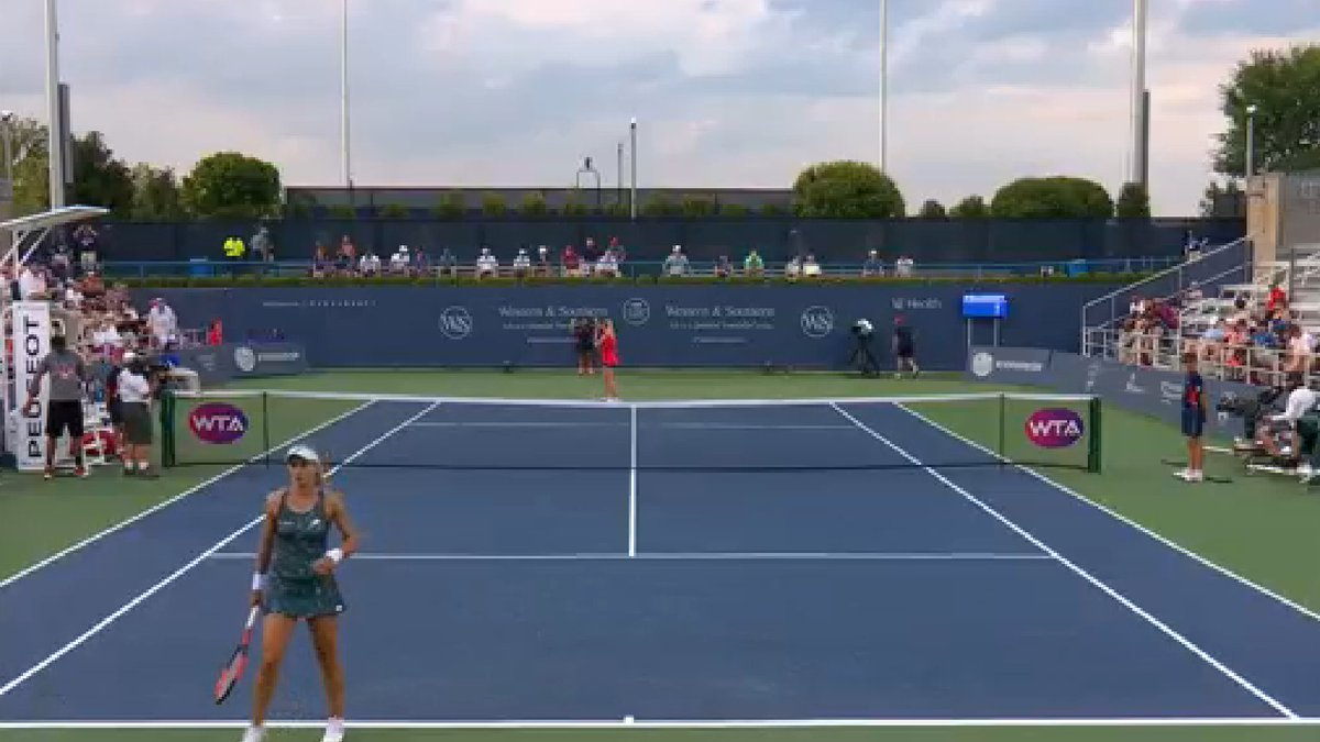 LIVE NOW: Toronto champion @ElinaSvitolina faces 🇺🇦 Fed Cup teammate @LTsurenko  Watch & bet on tennis at https://t.co/txueA5D56r