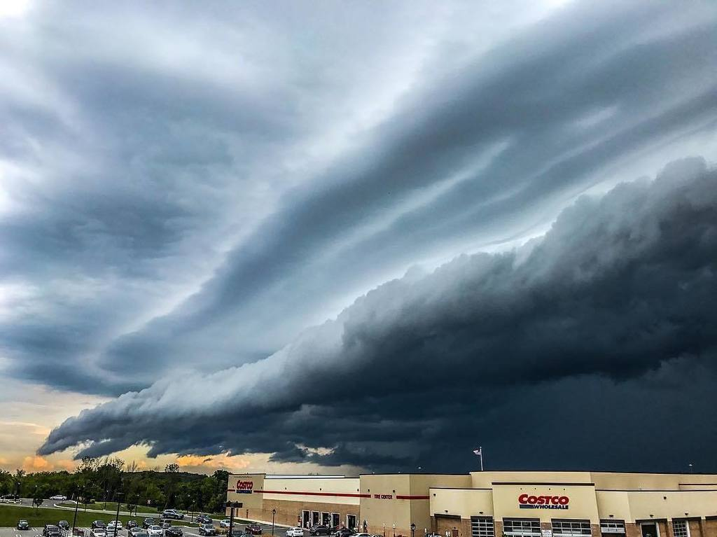 Wholesale storm in #RochesterNY  Photo by Rich. #ThisIsROC #ROC #ILoveNY<br>http://pic.twitter.com/0UukoyXeCf