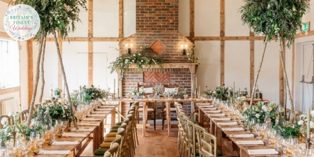 Are you a boho #bride? Check out our collection of rustic barn venues  http:// bit.ly/2tw08Pw  &nbsp;   #WeddingHour #WeddingWednesday #wedding<br>http://pic.twitter.com/kr9beCrehE