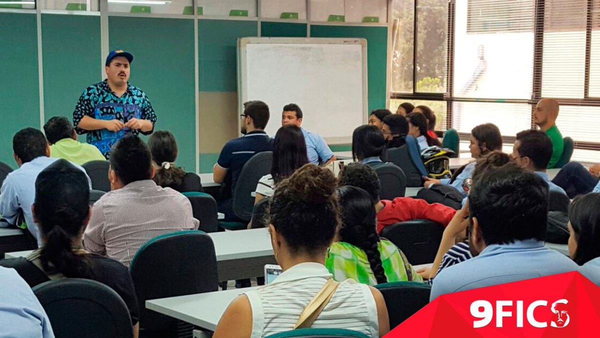 """#Conversatorio """"Del proyecto universitario a la pantalla grande"""" con el director chileno @tomasalzamora #SomosFicspic.twitter.com/OTRkbNXg8m"""