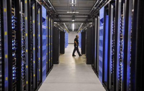 Article: #DataCenter Trends Shift Staff Workloads. #cloud #automation  https:// buff.ly/2w9GHgg  &nbsp;  <br>http://pic.twitter.com/Ue0M0S8iw3