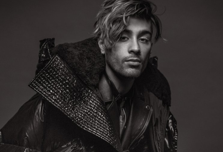 Come 'n get it! Pre-order @VMAN 38 featuring @ZaynMalik NOW! https://t.co/tnDhjFId9n https://t.co/NqoQnYKt7C