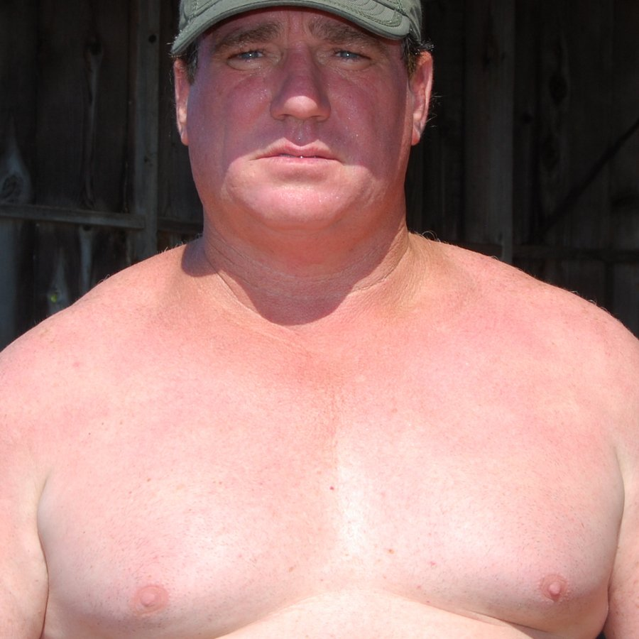 LOOK LIKE THIS MAN? get monthly salary at  http:// MODELINGPORTFOLIO.org  &nbsp;   #muscle #man #police #cop #wrestler #hunk #daddy #men #beefy #powerlifter<br>http://pic.twitter.com/MWFBXHnKPe