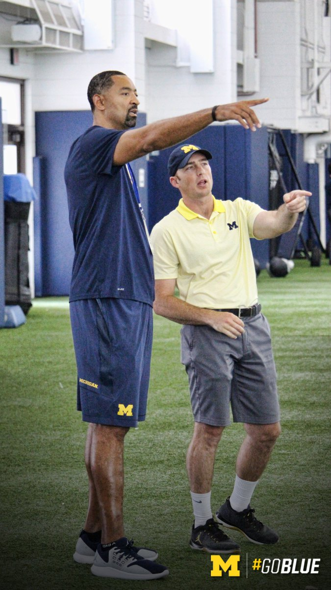 Harbaugh invites Juwan Howard & Jimmy King to practice