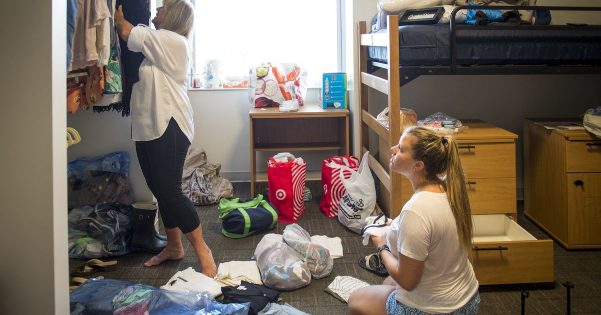 University of Tennessee welcomes freshmen as move-in starts https://t.co/Bv6fGfAvdD
