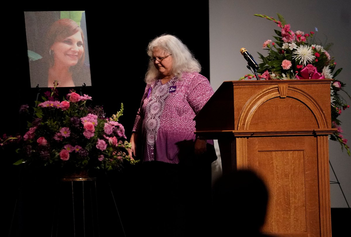 Heather Heyer's mom: Channel anger 'not into hate, not into violence, not into fear, but ... into righteous action' https://t.co/BO9ysUwd2g