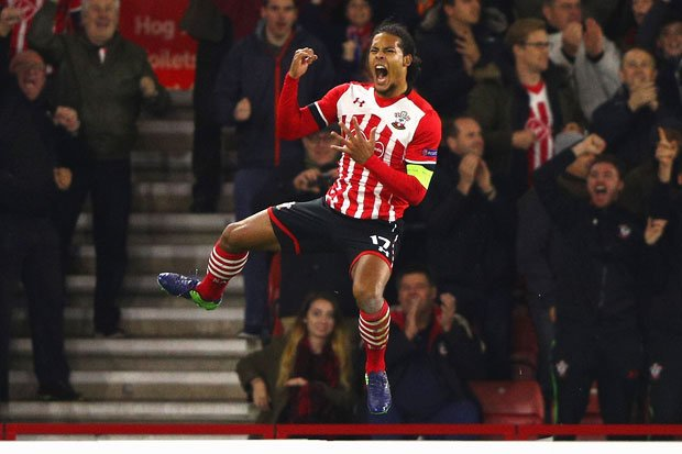 &#39;Like&#39; this if you want Van Dijk at #Arsenal. <br>http://pic.twitter.com/fteOwihzHu