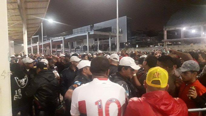 ac9b9fe828 Bruno Giufrida  bgiufridaAinda tem muito torcedor para entrar aqui
