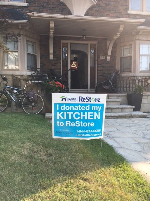 Proud to support @HabitatGTA on #kitchen #deconstruction awareness watch this if #renovating your kitchen  http:// bit.ly/2rFAJh1  &nbsp;  <br>http://pic.twitter.com/u0iZOiR6CF