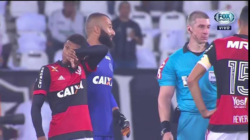 ⚫️ QUE CONFUSÃO! Você concordou com as expulsões, torcedor?  #CopadoBrasilFOXSports