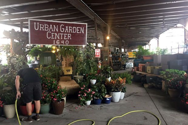 Metro-North sues East Harlem garden center over storing 'explosives' after massive fire: https://t.co/MpgUS8K6Cw