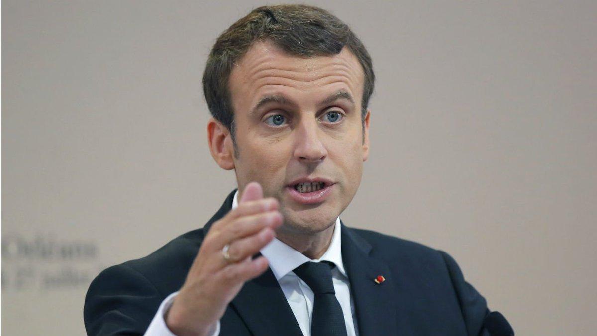 26.000 euros en 3 mois: l'Élysée confirme la facture maquillage de Macron https://t.co/Du48KcPAAm