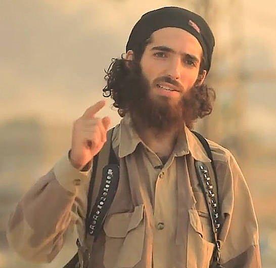 Los memes de Tomasa y su hijo yihadista copan las redes DH_mLp2WAAAdLQL