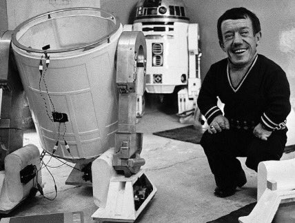 Happy birthday, Kenny Baker!  May the force be with you.