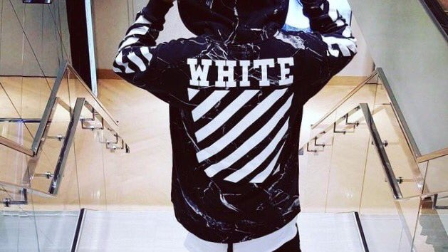 Off-white  #offwhite #streetfashion #ThursdayThoughts #streetwear #fashionblogger #styleblogger #hypebeast #ootd #lifestyleblogger #style<br>http://pic.twitter.com/APxBr1Z1aT