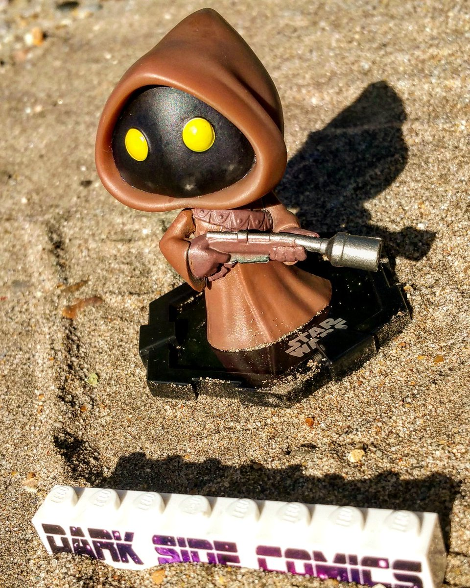 Just got my perfect #MysteryMini from @DarkSideComicUK A little #Jawa! How sweet are they!  Fruitini!!  #StarWars #disney #funko <br>http://pic.twitter.com/UVW9i0XSrr