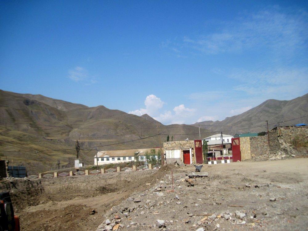 слухи, что новые фотографии село курах заявил, что