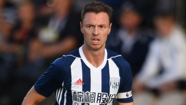 ICYMI: Manchester City are interested in signing West Brom captain Jonny Evans.  Full story: https://t.co/RY1BH0mGdQ