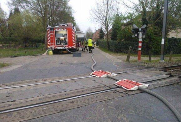 That&#39;s not how trains work... #ThursdayThoughts #fail <br>http://pic.twitter.com/nHuMgHqjBX