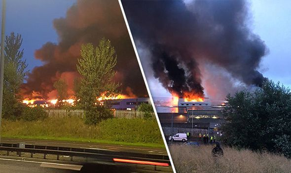Huge fire breaks out after 'two loud explosions' at Glasgow fruit market https://t.co/BmxwZOCAMx