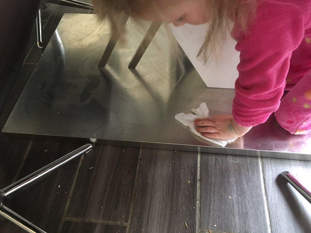 'Please can I clean the floor mummy?' #birthdaytreat https://t.co/axxS...