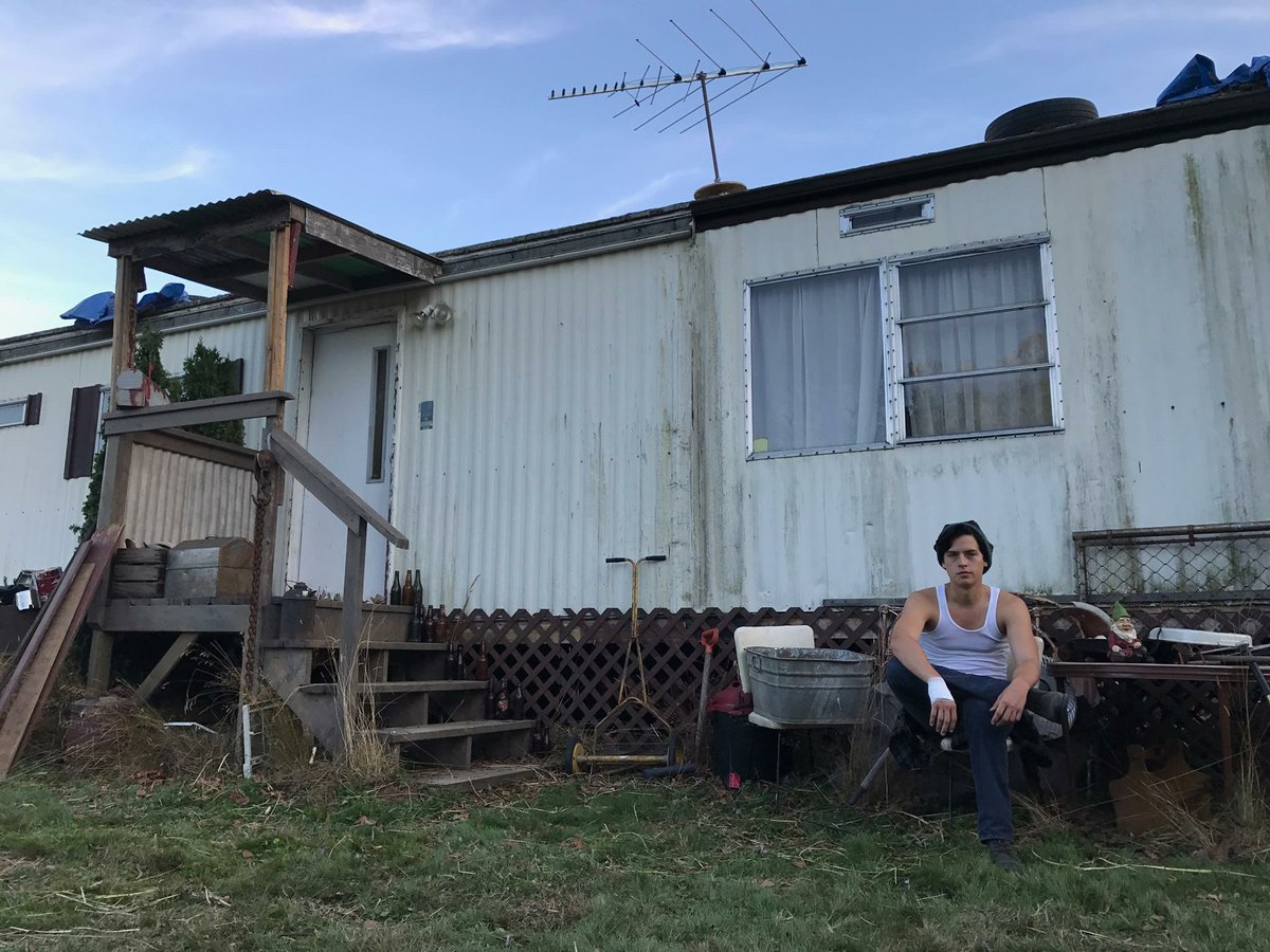 Jughead Jones. Riverdale, circa…timeless. Do NOT mess with his dad's trailer. #riverdale #season2 #daddy<br>http://pic.twitter.com/Oo7odiv801