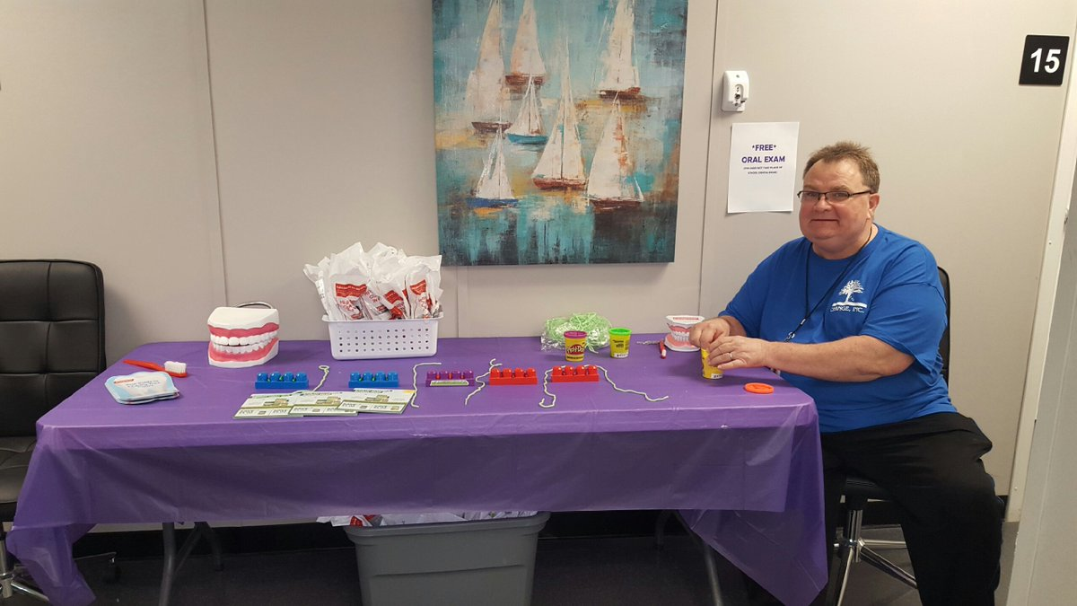 Dr. West  is providing FREE oral exams &amp; info during our Newell Health Fair happening now! Oral care is important! #NHCW17 #CommunityAction <br>http://pic.twitter.com/ppTOSwrQuJ