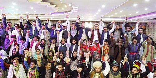 #Kabul Hosts Traditional Fashion Show https://t.co/adTlPvz8JO