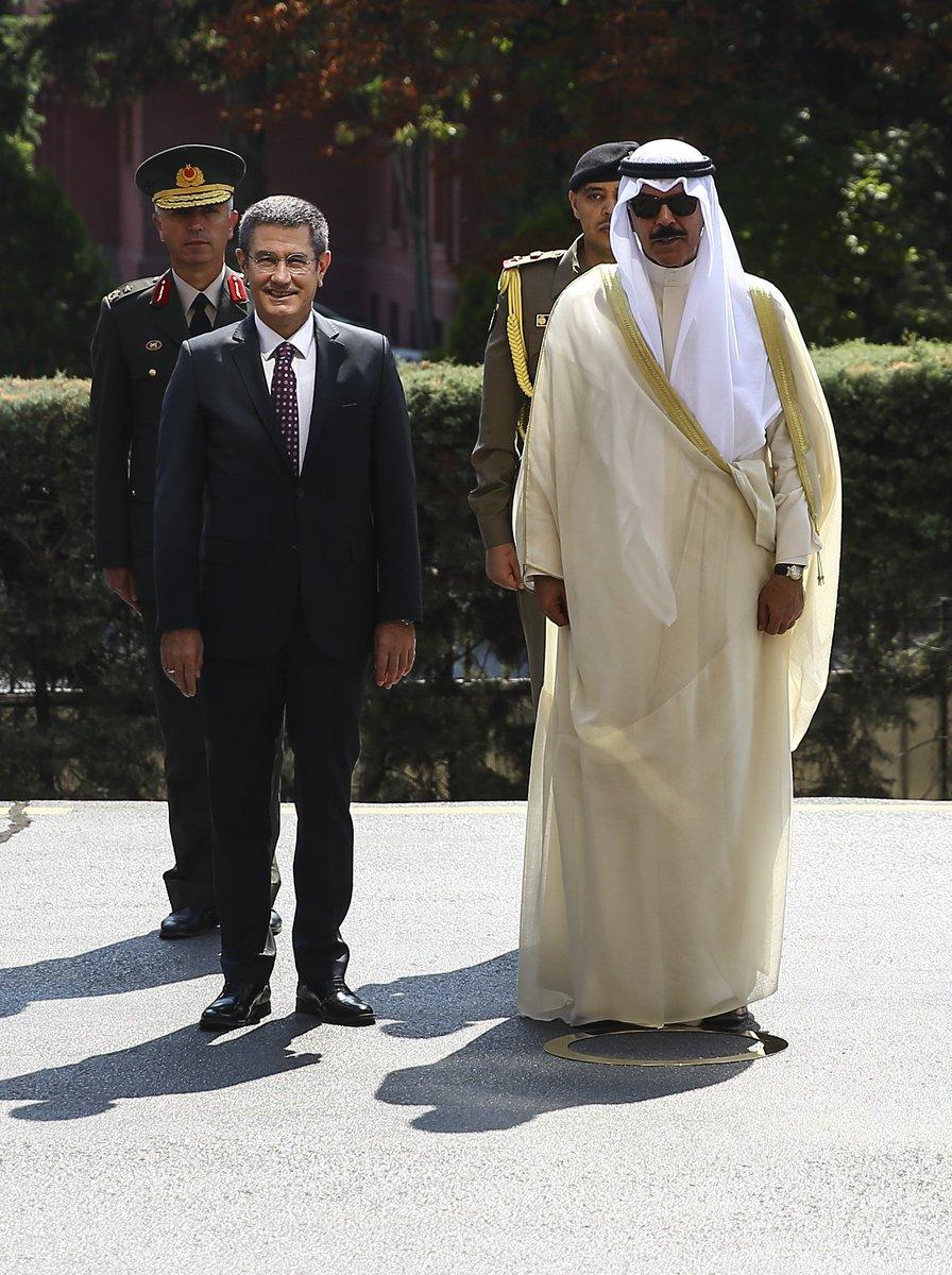 وزير الدفاع التركي يستقبل نظيره الكويتي في العاصمة أنقرة DHbF3LhWsAAXrqx