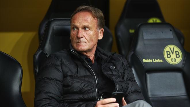 #Watzke attackiert #Barca-Manager.  http:// on.sport1.de/2wSCGd0  &nbsp;  <br>http://pic.twitter.com/jE0YriDixv