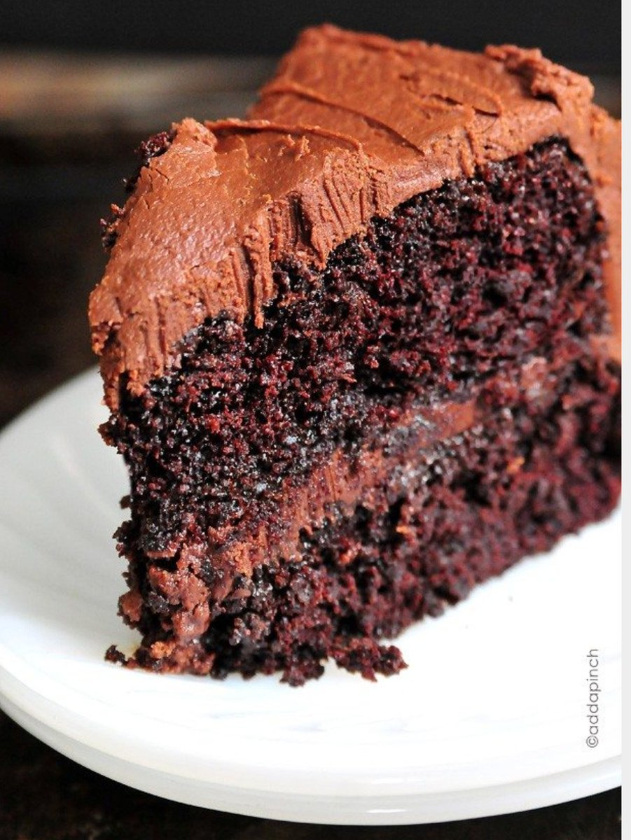 Craving chocolate cake, all before 7am.  #Foodie #chocolate <br>http://pic.twitter.com/h47uEFh34T