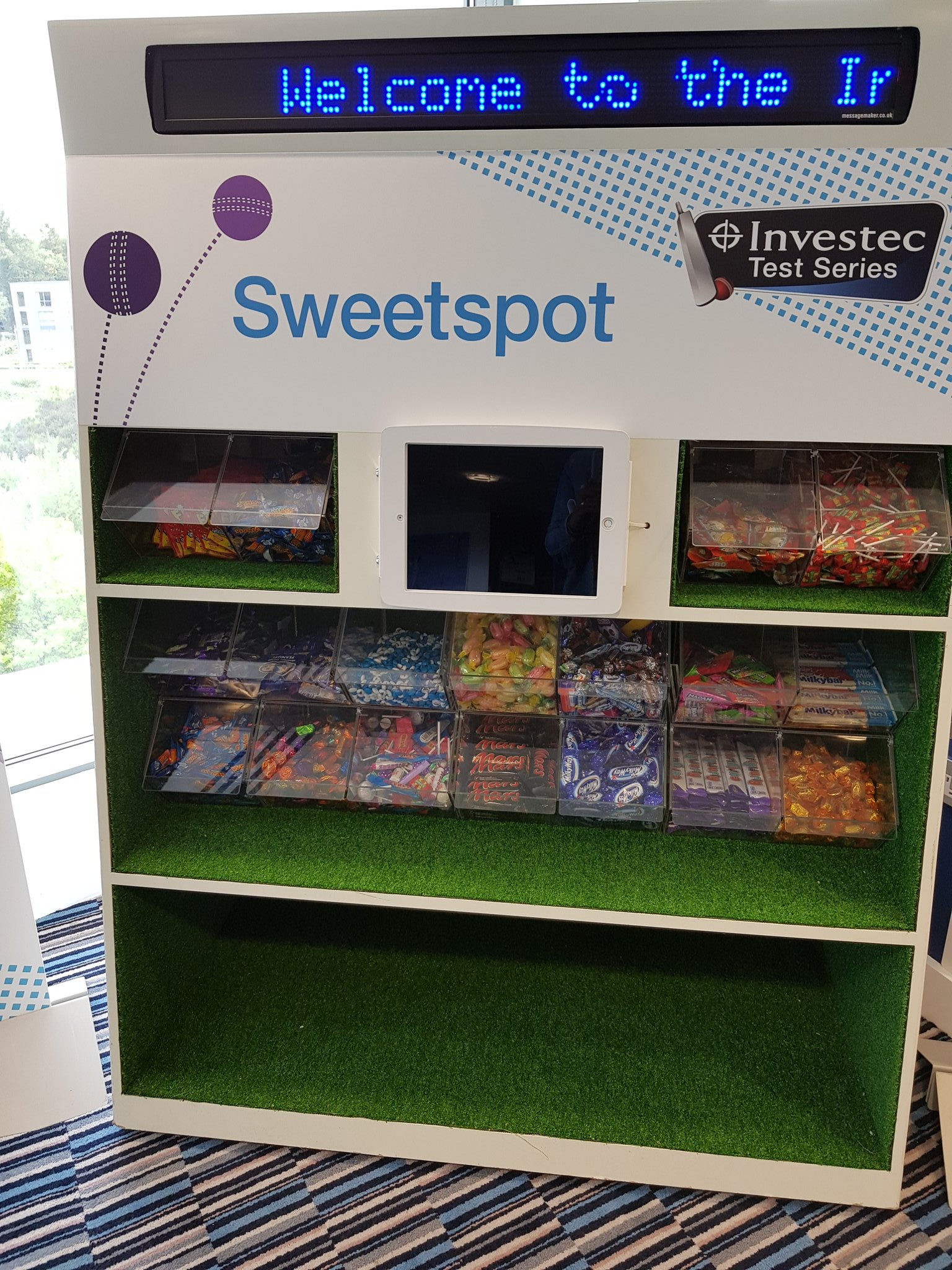 There's a pick n mix in the press lounge. @bbc5live https://t.co/bu0JiuXfG2
